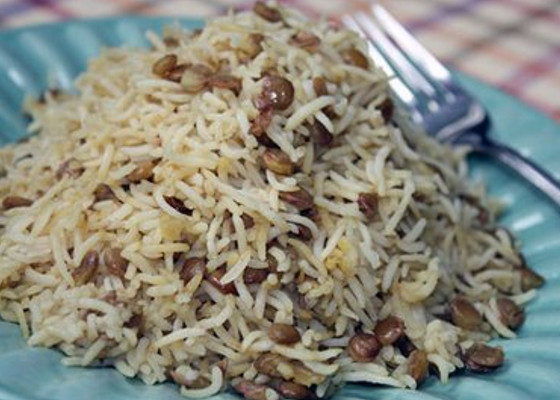 steamed rice with lentils